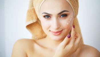 Készítsétek elő az arcbőrötöket a nyárra és adjatok magatoknak egy májusi refresht