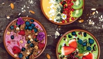 Finomak, egészségesek és szépek – smoothie bowls
